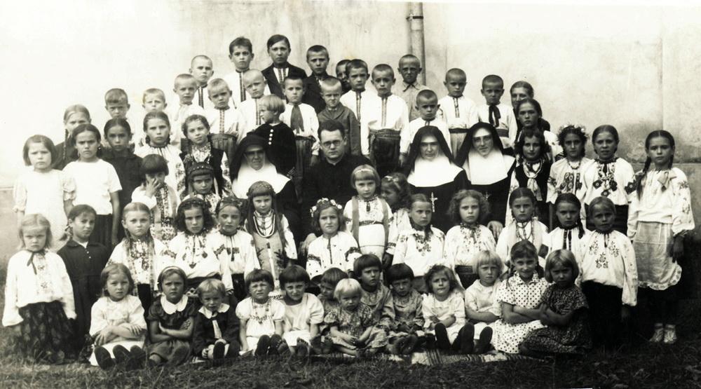 Понад сто років тому поляки пропонували запровадити обов'язкове вивчення української мови у школах Галичини